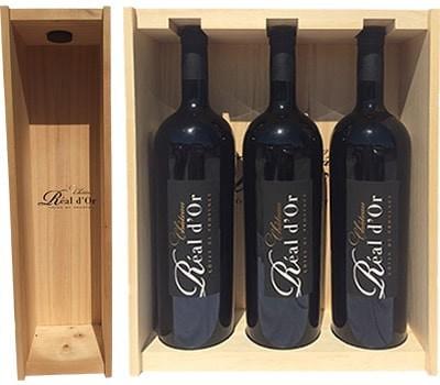 """Coffret en bois """"Château Réal d'Or"""" pour stocker et proteger le vin."""